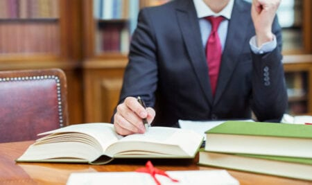 How to build a Successful Law Practice in 3 steps